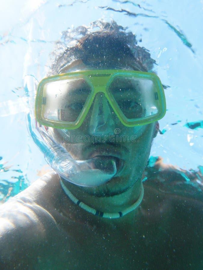 Onderwaterscuba-duiker die zelfportret maken of selfie royalty-vrije stock foto