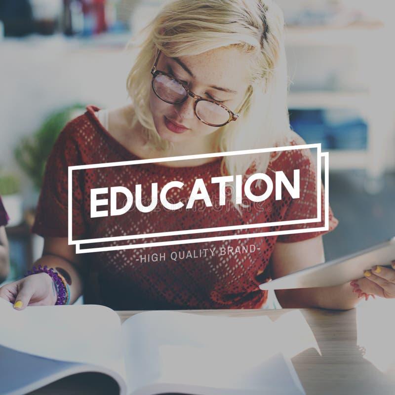 Onderwijs het Leren de Intelligentieconcept van de Studiekennis stock foto's