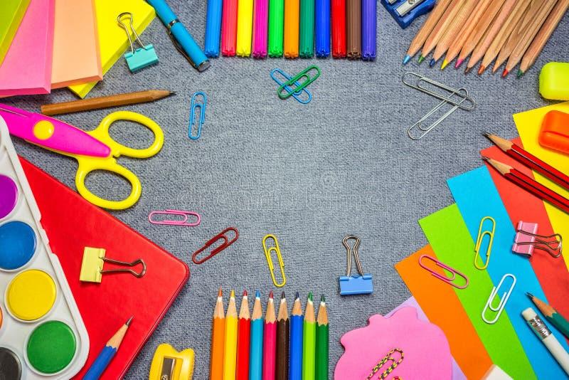 Onderwijs of terug naar schoolachtergrond stock afbeelding