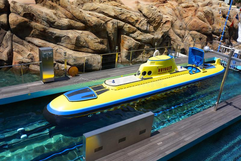 Onderzeeër in Disneyland die Nemo vinden stock foto's