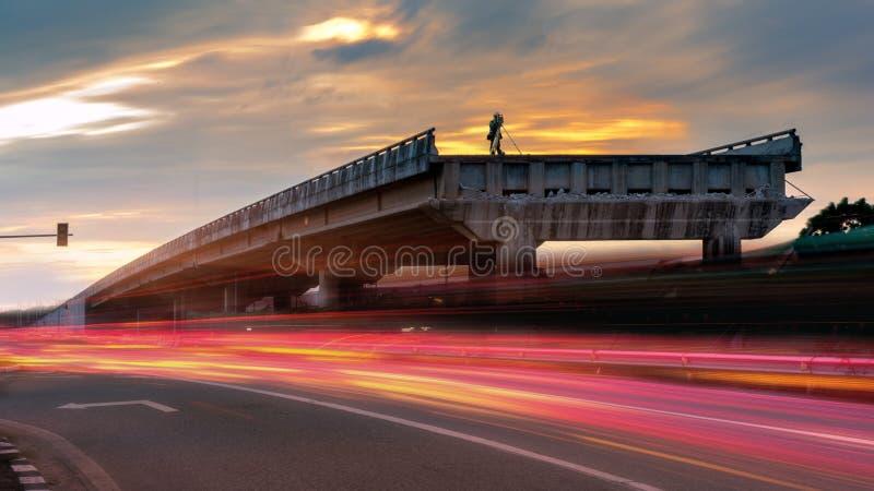 Onderzoek aangaande concrete brug stock afbeelding