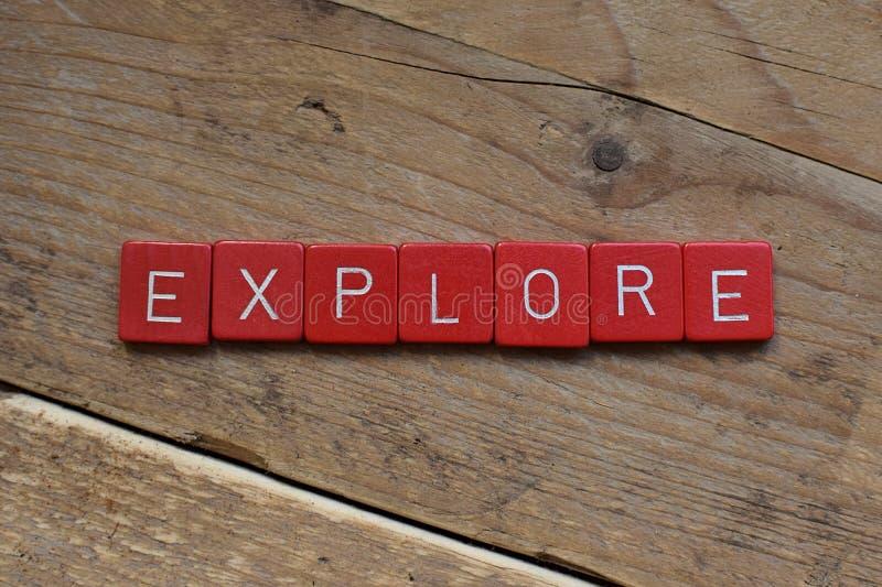 Onderzoek Gemaakt met Scrabblebrieven stock fotografie