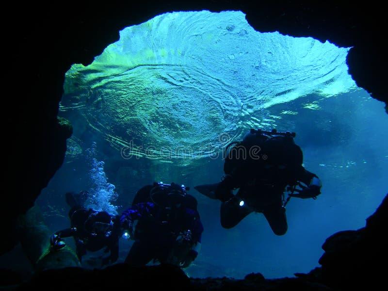 Onderzoekend OnderwaterHolen - 5 stock foto's