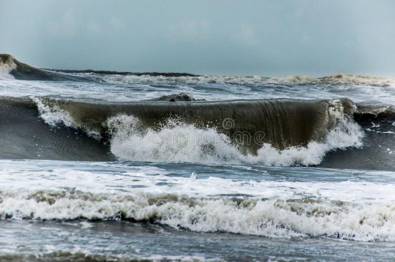 Ondes de mer photographie stock libre de droits