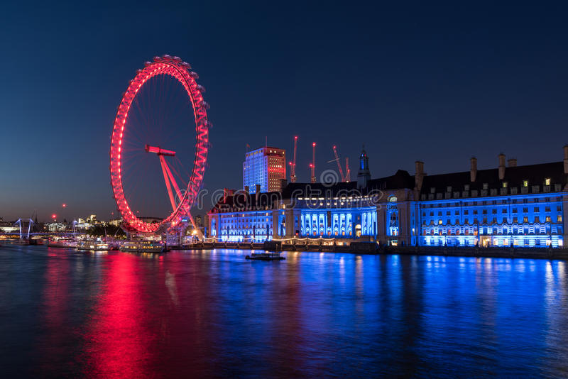 Ondon Eye and the River Thames in London, UK royalty free stock image