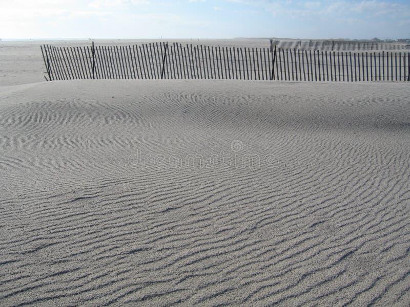 Ondulaciones en la arena imágenes de archivo libres de regalías