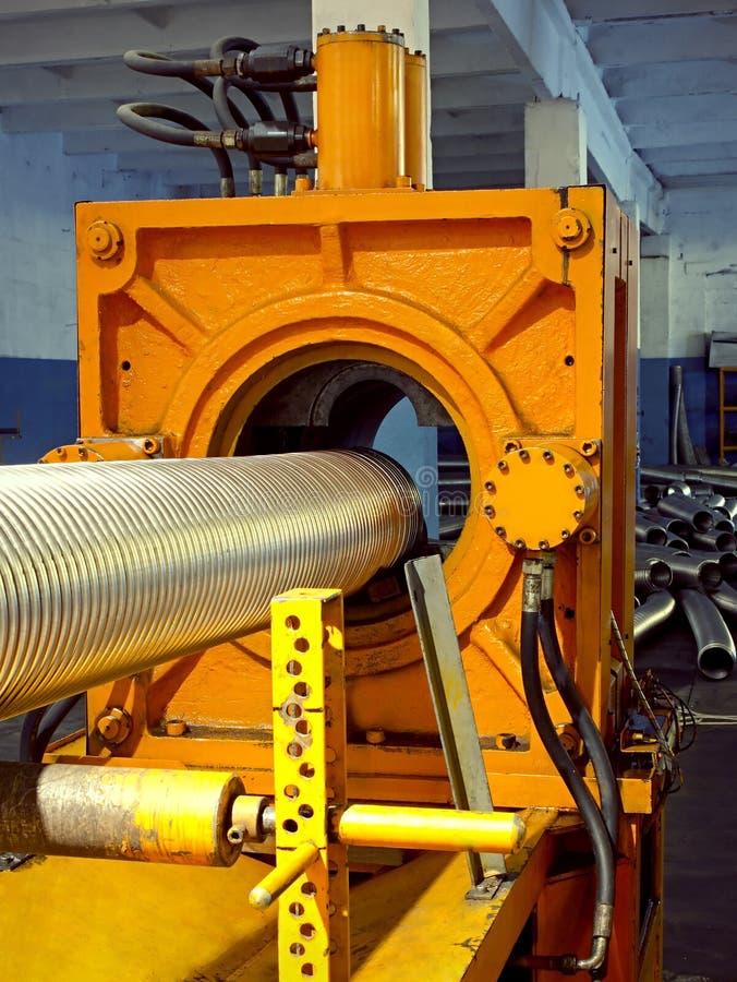 Ondulazione del metallo che forma macchina. immagini stock libere da diritti