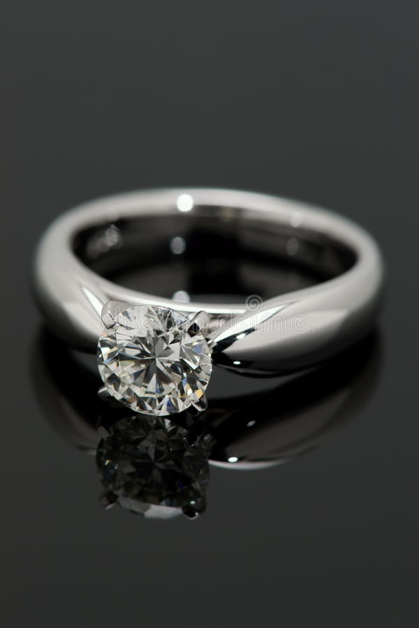 Download One Carat Diamond Solitaire. Stock Photo - Image: 14559538