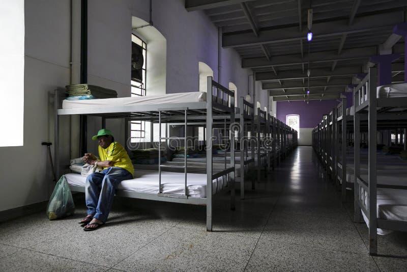 ONG Sermig - dormitorium w wieczór Brasil, San - Paolo - fotografia royalty free