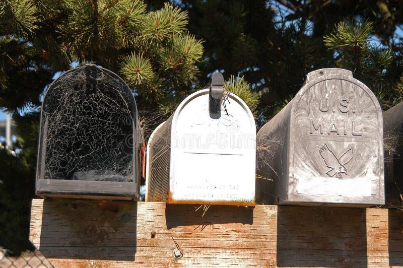 Ongebruikte brievenbussen royalty-vrije stock foto