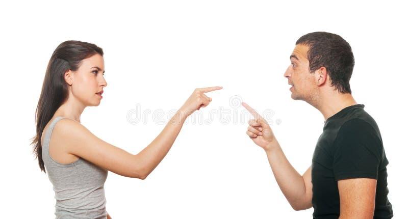 Ongelukkig jong paar dat een argument heeft stock afbeelding