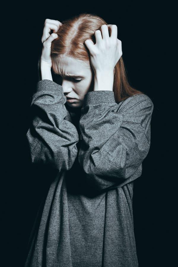 Ongelukkige vrouw met fobie stock foto's