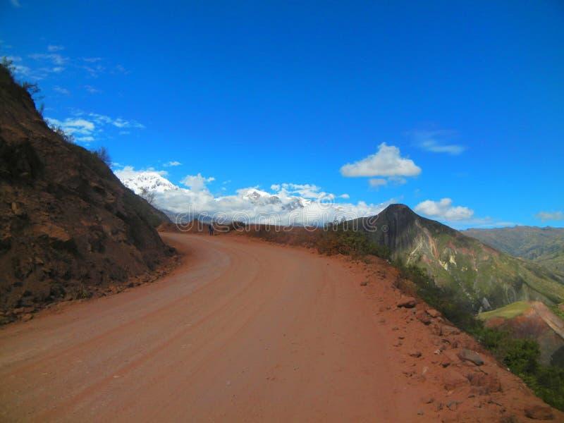 Ongeplaveid wegstof Sorata, Bolivië royalty-vrije stock fotografie