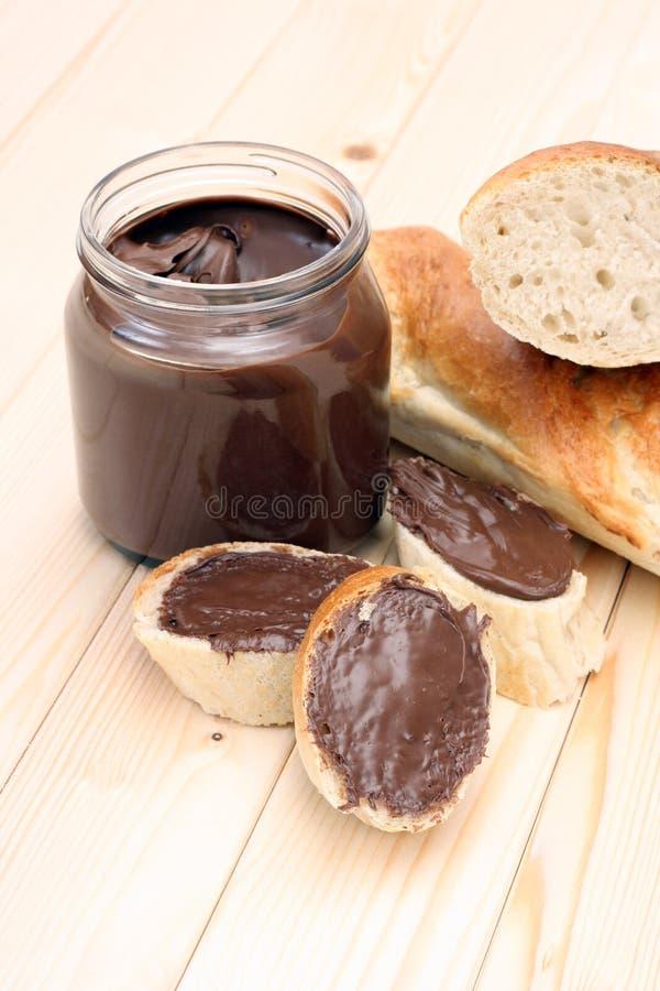 Ongezuurd broodje met chocolade stock afbeelding