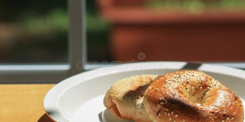 Ongezuurd broodje/Ochtend R stock foto's