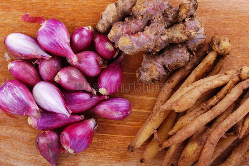 Download Onions and Ginger stock image. Image of officinale, bulk - 28928987