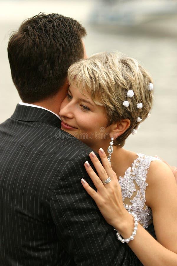 Onlangs-gehuwd paar royalty-vrije stock foto's