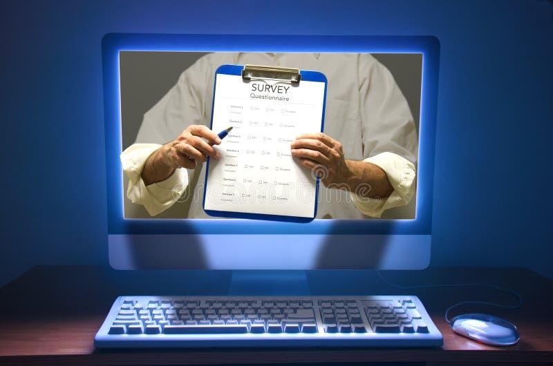 Onlineübersichtsfragebogen-Abstimmungprüfung stockbild