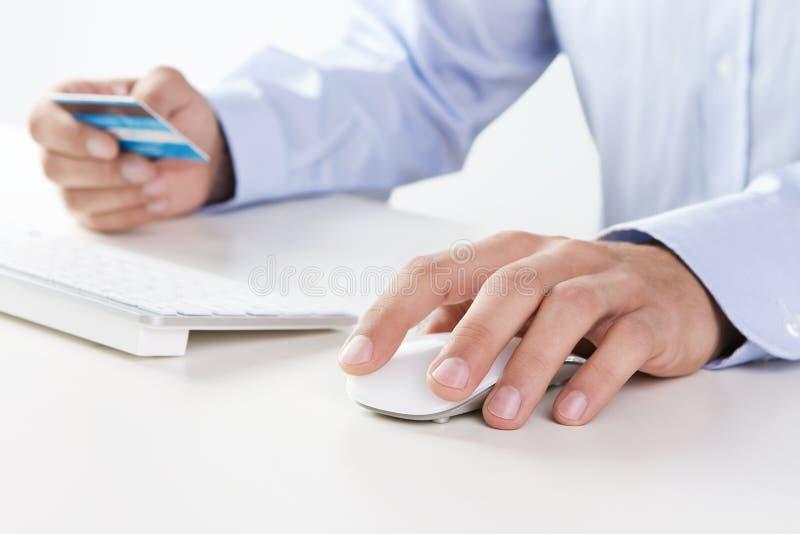 Online-betalning arkivbild