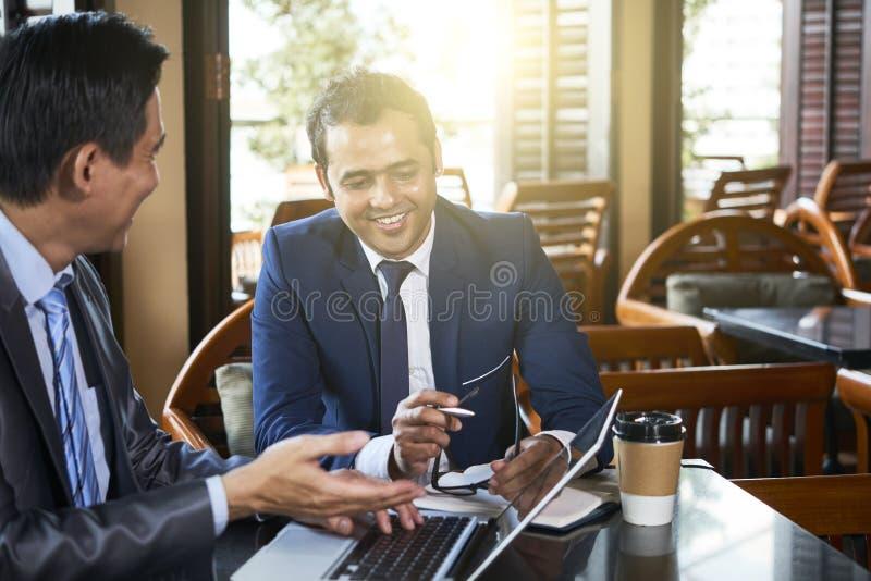 Online biznesowa prezentacja zdjęcia stock