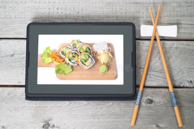 Online-japanskt matleveransbegrepp royaltyfria bilder