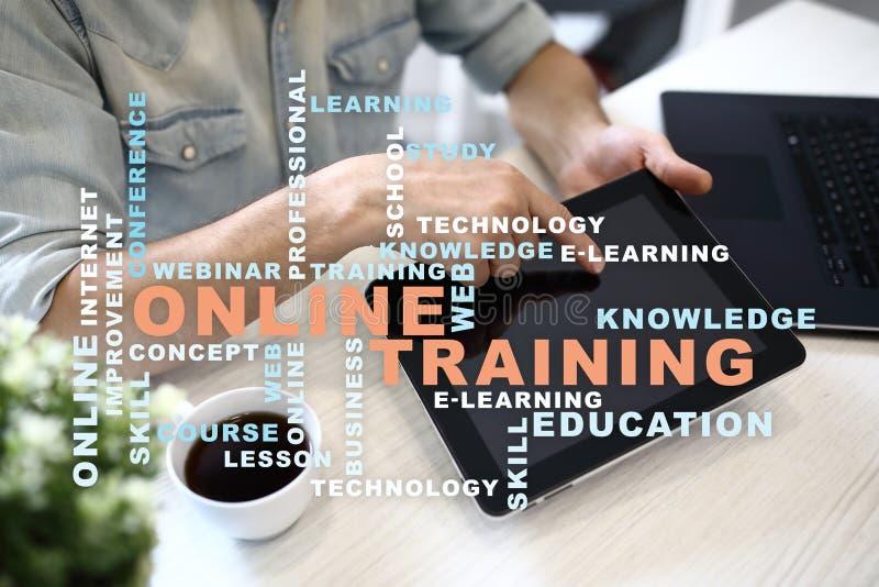 Online opleidend op het virtuele scherm Het concept van het onderwijs Woordenwolk stock afbeelding