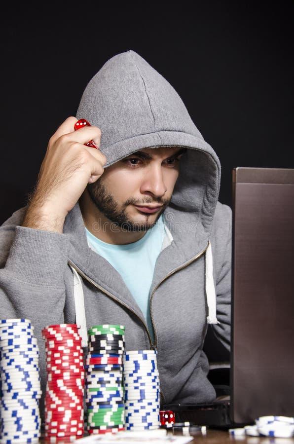 Online-pokerspelare fotografering för bildbyråer