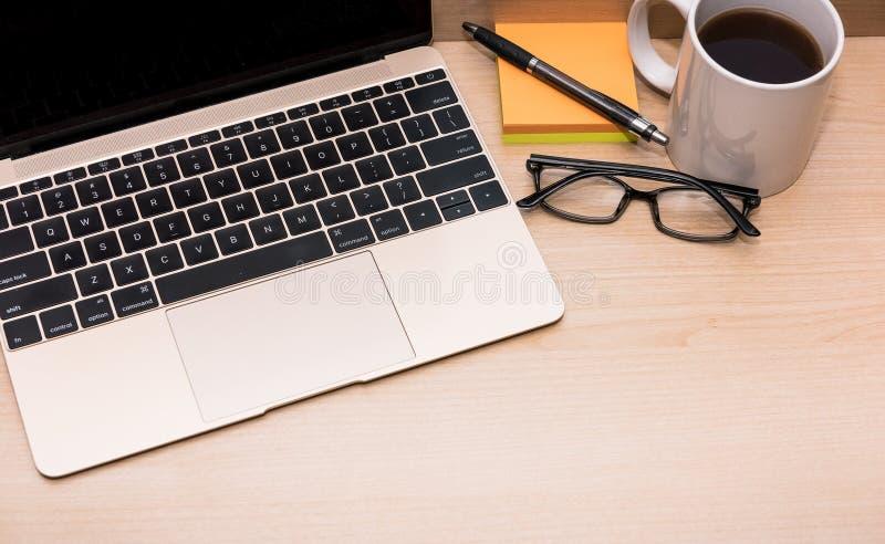 Online studie & het werk, freelance, huisbureau royalty-vrije stock afbeeldingen