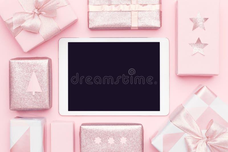 Online Winkelend, het Concept van de Kerstmisverkoop Het in dozen doen dagverkoop royalty-vrije stock fotografie