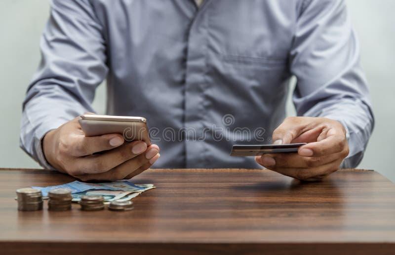 Online zakupy, online bankowość i internet bankowości pojęcie zdjęcia stock