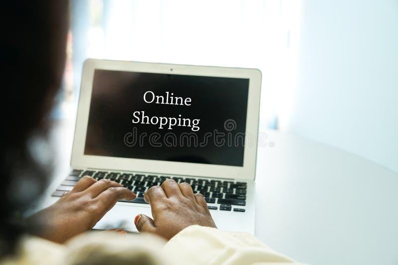 Online zakupy poj?cie obrazy royalty free
