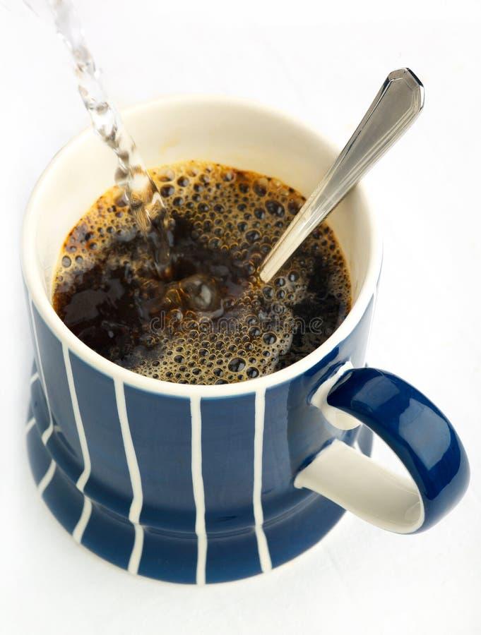 Onmiddellijke koffieverfrissing stock fotografie
