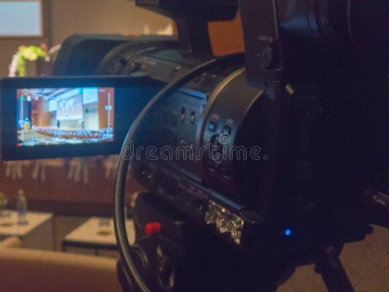 Onscherp van videocamera in zaal stock foto's