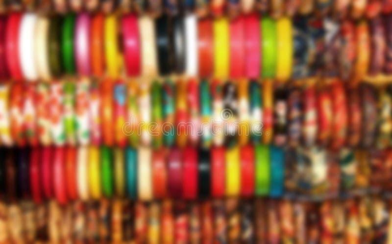 onscherpe houten armbandachtergrond in Aziatische winkel royalty-vrije stock afbeeldingen