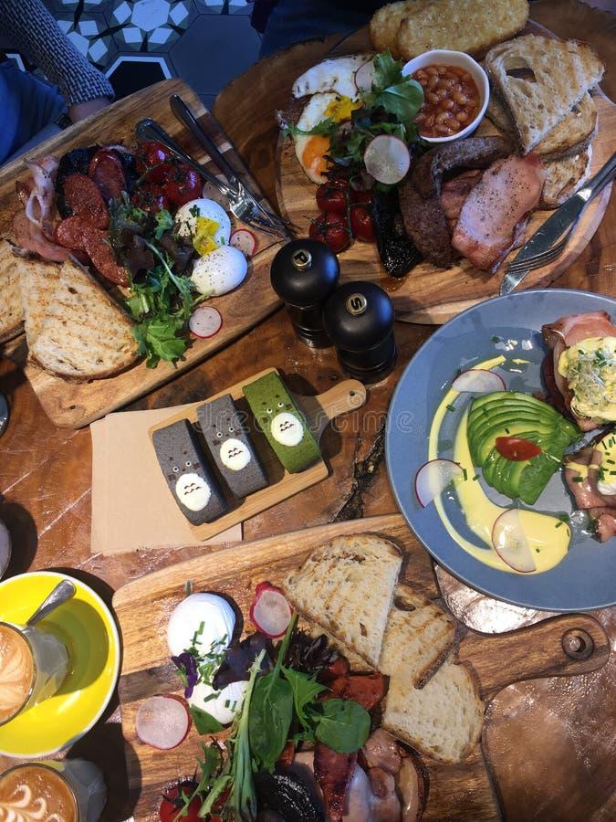 Ontbijt en lunch stock afbeelding