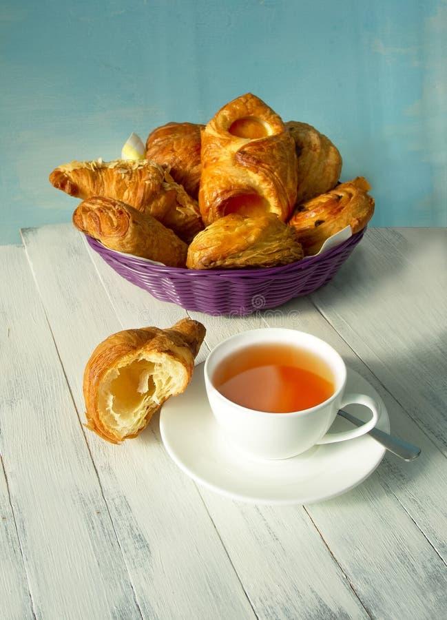 Ontbijt met thee stock afbeelding