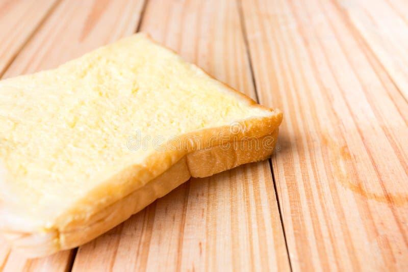 ontbijt op houten plaat stock foto