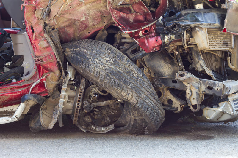 Ontploffing verfrommeld staal op wielen royalty-vrije stock foto's