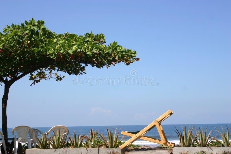 Ontspan bij het strand stock foto