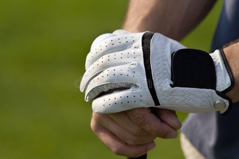 Ontspannen handen op Horizontale golfclub - royalty-vrije stock foto's