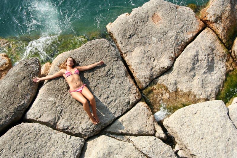 Download Ontspannen naast het water stock afbeelding. Afbeelding bestaande uit rust - 295887