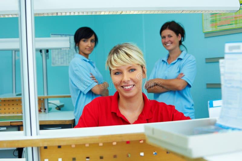 Ontvangst in tandkliniek stock foto's