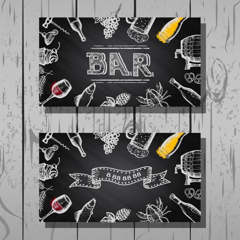 Ontwerpadreskaartje van bar en restaurant, bier en wijnreeks, bordachtergrond stock foto