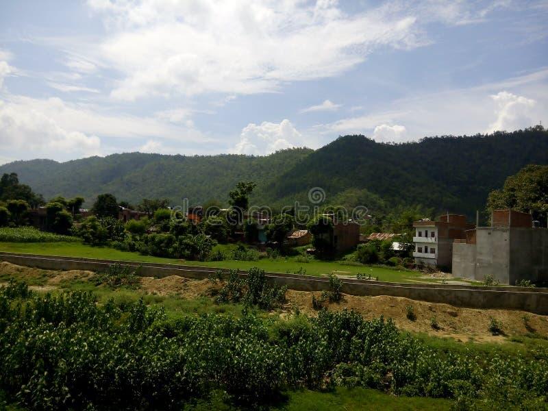 Ontzagwekkende bergen van Nepal royalty-vrije stock afbeelding