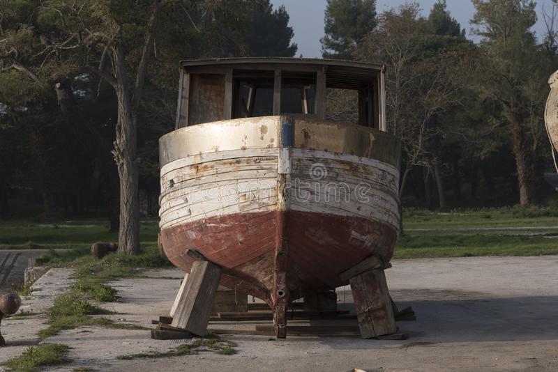 Onvolledige boot stock afbeelding