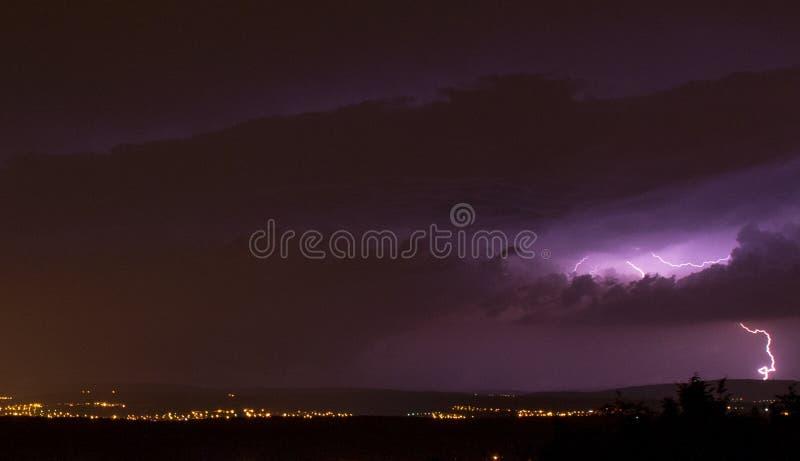 Onweer in een Franse campagne stock afbeeldingen