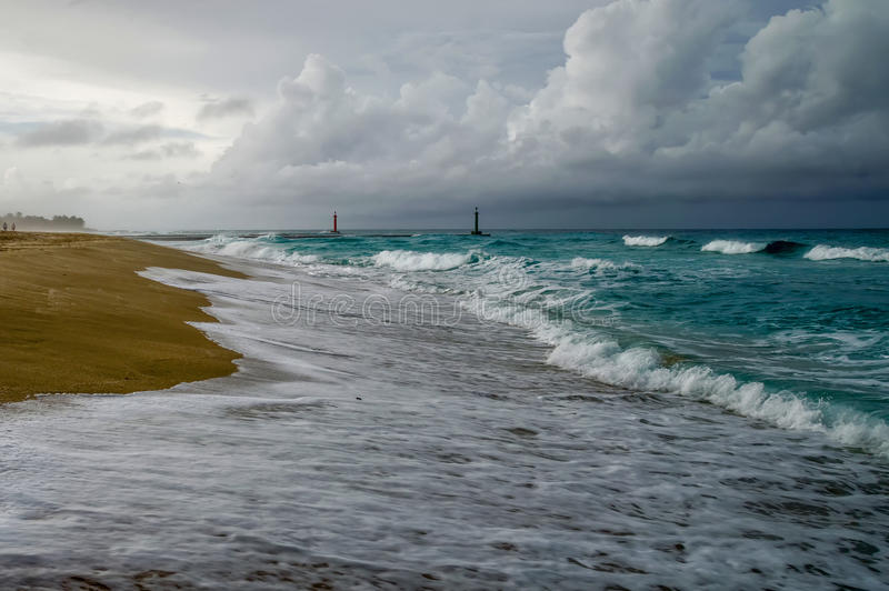 Onweer op de oceaan royalty-vrije stock fotografie