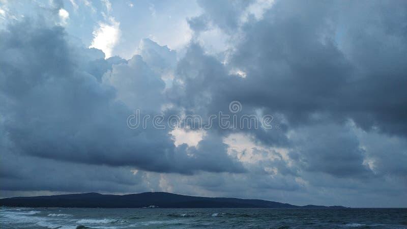 Onweer op de Zwarte Zee royalty-vrije stock afbeelding