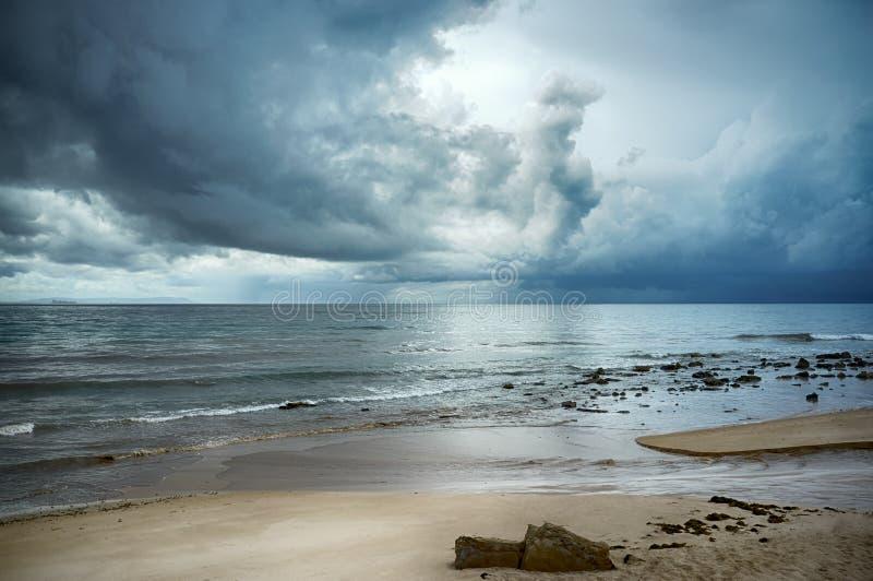 Onweer op het Strand. Tarifa. Cadiz. Andalusia stock foto's