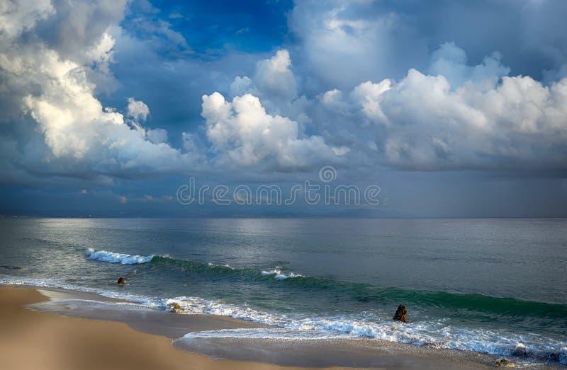 Onweer op het Strand. Tarifa. Cadiz. Andalusia royalty-vrije stock foto